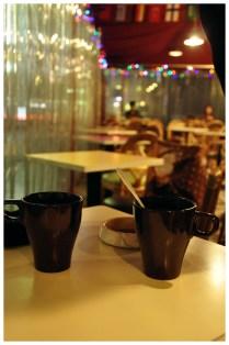 kembali ke Sakura Cafe utk ber-caffeine.