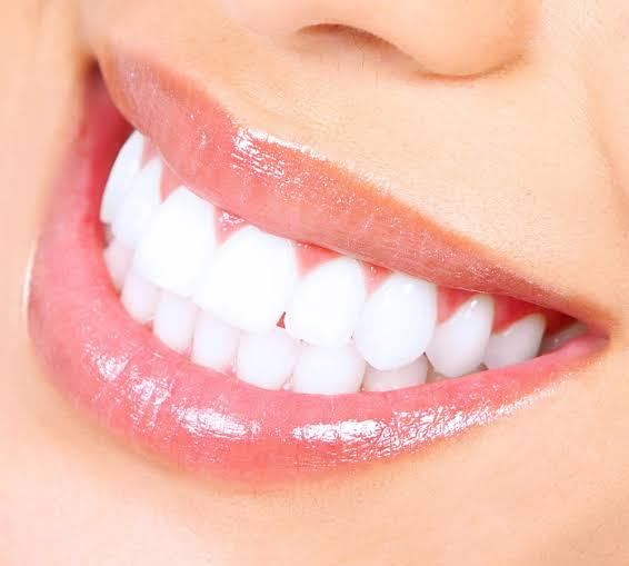 How to whiten the teeth