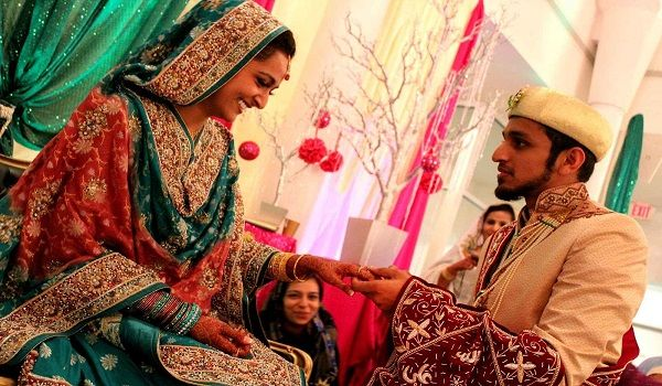 muslim weddings are celebrated with pomp and grandeur. 240 Islamic Wedding Wishes Messages And Duas Yeyelife