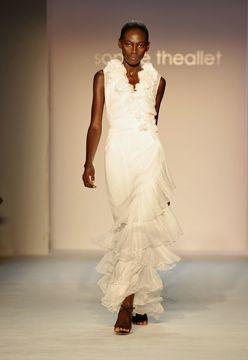 picsrv_fashionweekdaily_com