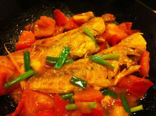 蕃茄煎紅衫魚
