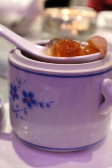 甘蔗雪梨麥冬燉桃膠