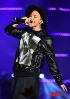 stay_G_concert_g-dragon