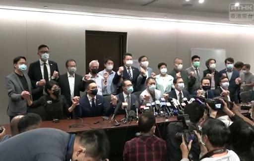 香港有限议会民主沦陷记