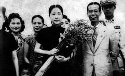 严家伟:一位民国女县长的传奇经历