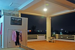 S-HS070001-Sell-DreamHouse-Balcony