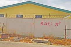 R-LD030084-rent-warehouse-facade