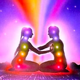 couple-chakra-meditation