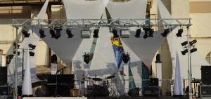 lumiere-mise-en-scene-sur-structure-plein-air-concert
