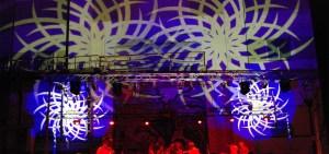 lumiere-mise-en-scene-sur-structure-projections-murales