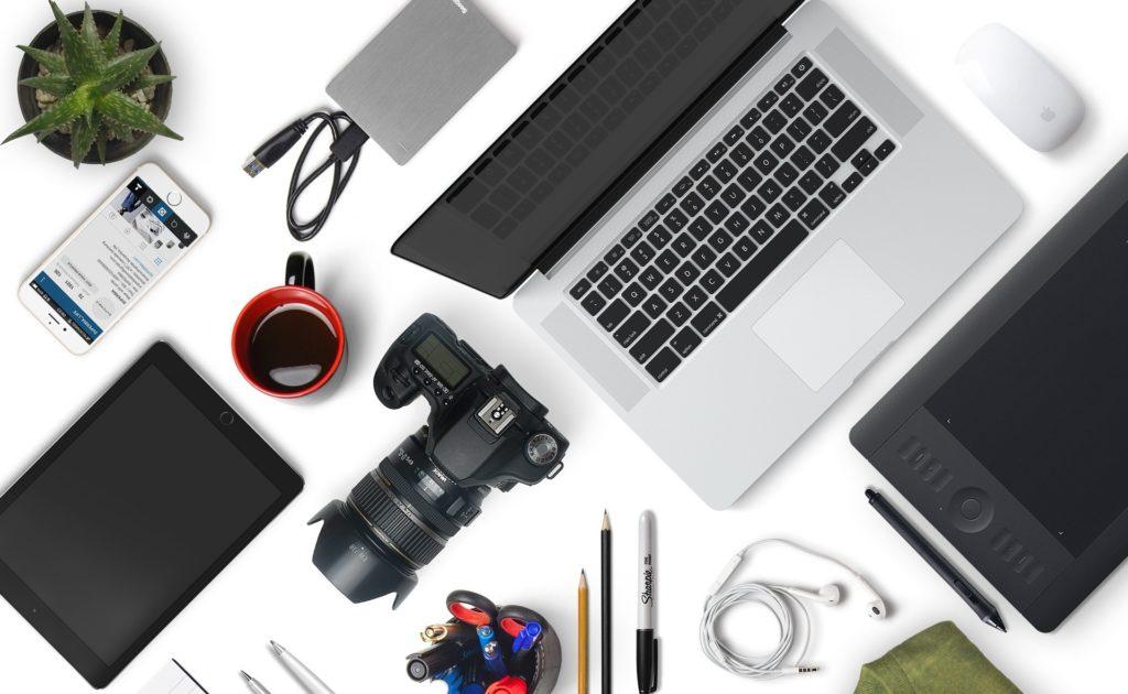 パソコン カメラ スマートフォン モバイル機器 電子機器