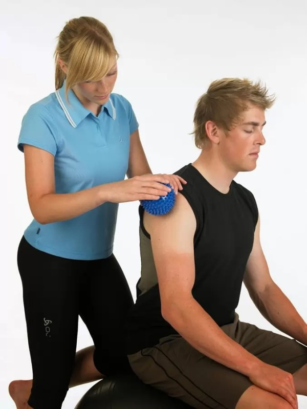 Bóng gai massage