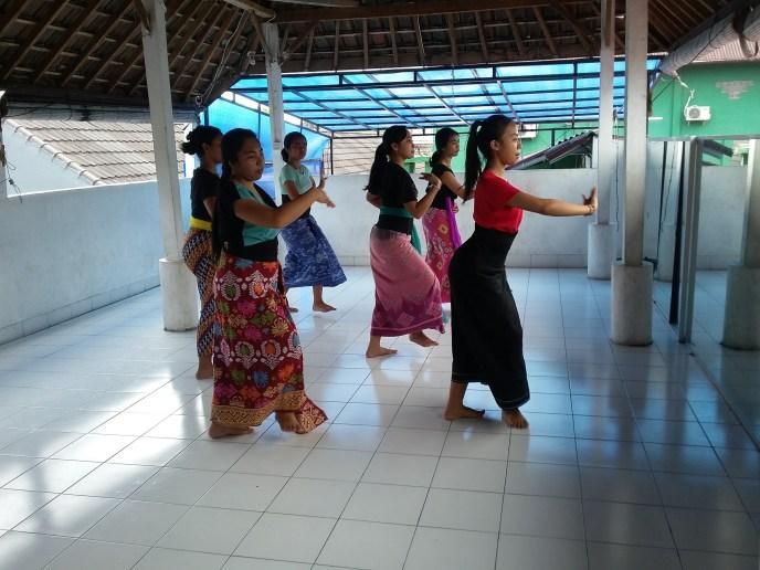 YKPA dance class