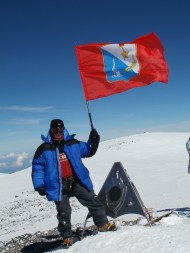 Валерий Варенин на Восточной вершине Эльбруса