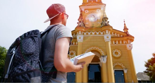 Best Places to Make Money While Studying Abroad