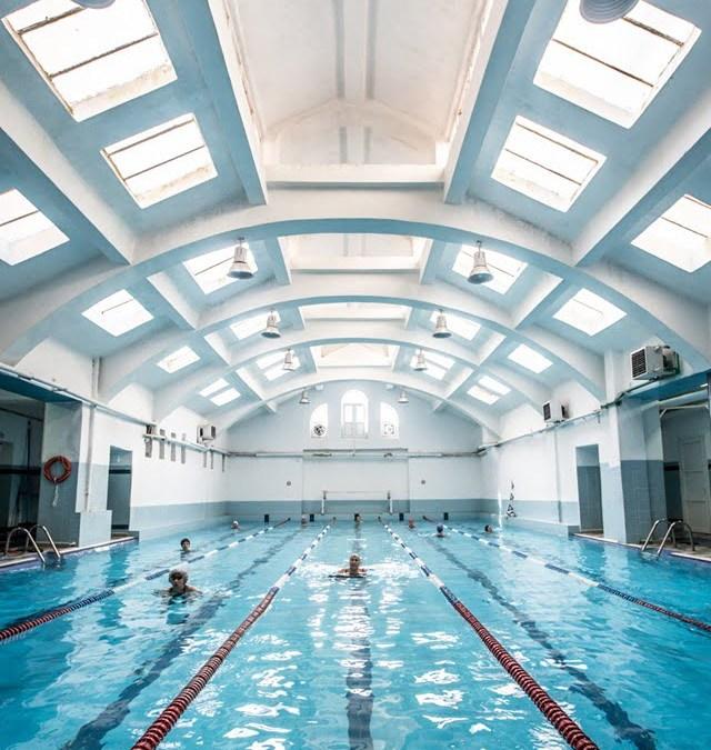 Με 5 διαφορετικά προγράμματα στην πισίνα… το σίγουρο είναι ότι θα γίνετε βατραΧΑΝΘρωποι! Ενημερωθείτε για όλα μας τα προγράμματα εδώ!
