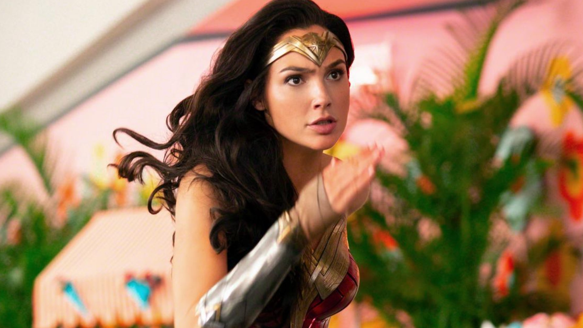 WONDER WOMAN 1984 Will be Released Simultaneously in Theaters and on HBO  Max - Y.M.Cinema - News & Insights on Digital Cinema