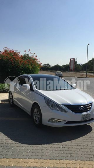 These vehicles are labeled as 'not for sale' at the dealership. Used Hyundai Sonata 2015 Car For Sale In Al Ain 762339 Yallamotor Com