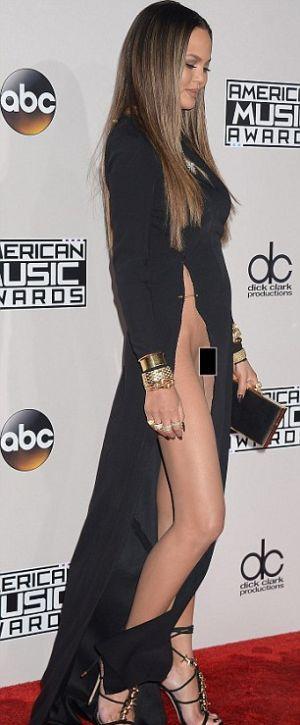 Крисси Тейген в откровенноем платье на American Music ...