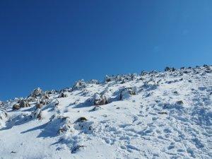 冬のカルスト地形