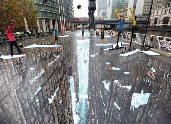 pintura 3d no chão feita de giz