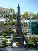 escultura-construcao-lego