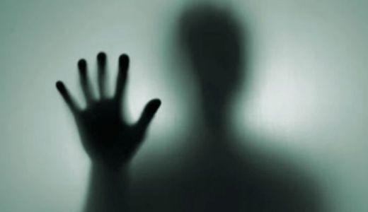 シャドーピープル(UMA)の正体や日本で見た人はいる?悪霊と言われる理由は?