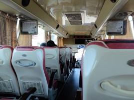 Dans le bus vers le monastère