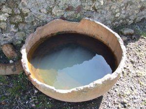 Urinal in the fullonica of Veranius Hypsaeus in Pompey.