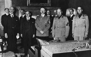 Chamberlain, Daladier, Hitler, Mussolini y Ciano.