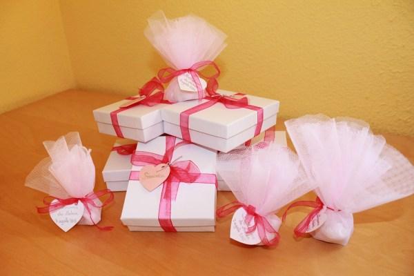 peladillas y regalos