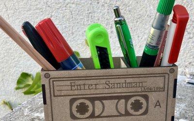 Boite crayon cassette rétro