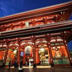 Asakusa-Kaminarimon-Tokyo-Japan