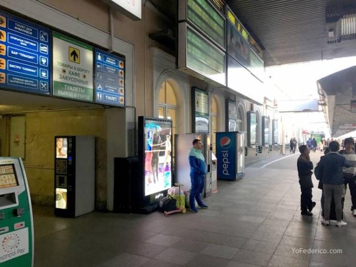 Comprando pasajes de tren en San Petersburgo para ir a Moscú 5