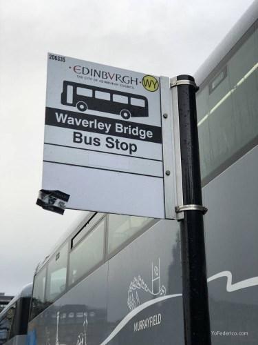 El Bus de Edimburgo que conecta la ciudad con el Aeropuerto 12