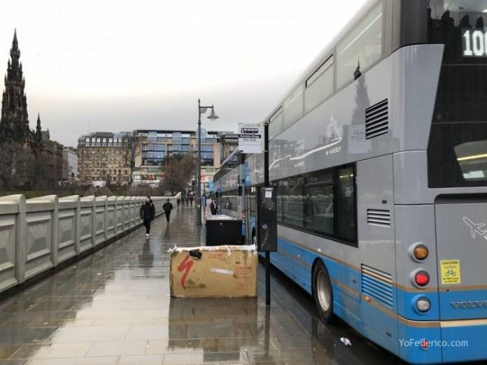 El Bus de Edimburgo que conecta la ciudad con el Aeropuerto 14