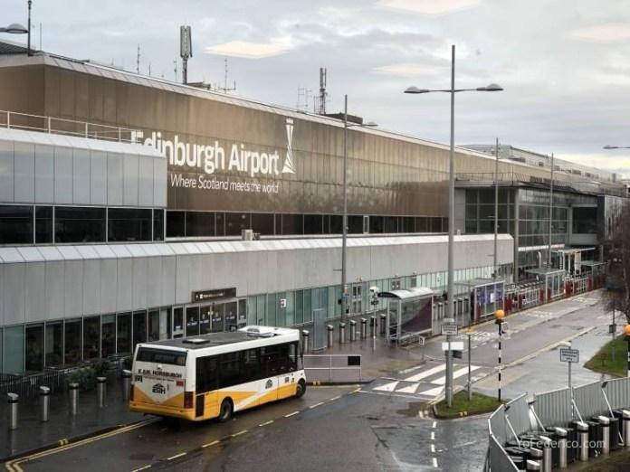 El Bus de Edimburgo que conecta la ciudad con el Aeropuerto 23