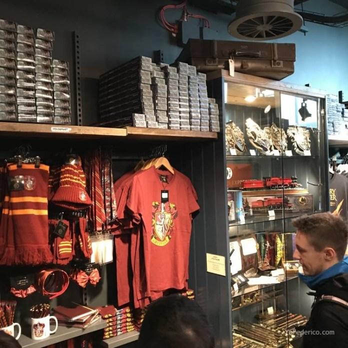 La tienda de Harry Potter en la estación King´s Cross de Londres 8