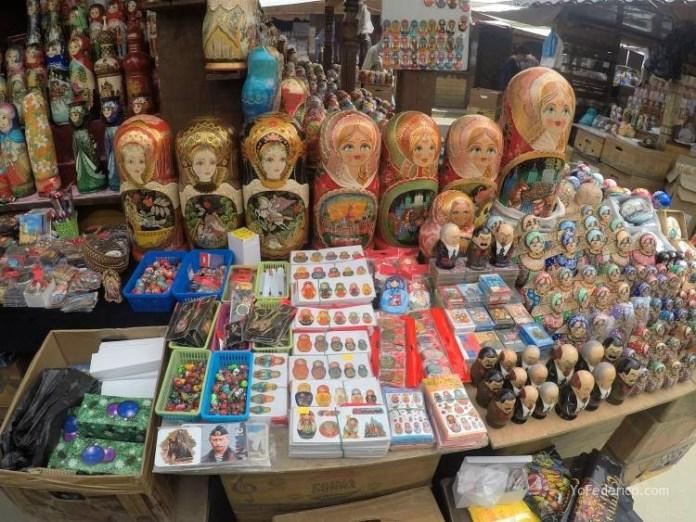 Todas las mamushkas del mercado Izmailovo de Moscú 12