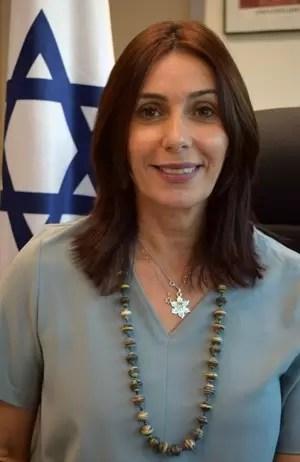 """3048 - ערב הצדעה ל-70 שנה לאופנה ישראלית: """"מורשת של חדשנות"""" יתקיים במרץ הקרוב."""