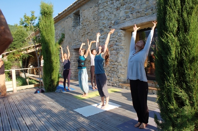 Stage de Yoga ou Retraite de Yoga ?