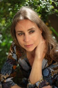 Dr. Wiebke Mohme - Yoga & Yogaausbildung, Yogatherapie & Yogatherapie Ausbildung