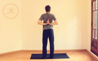 PASCHIMA NAMASKARASANA · Beneficios de la práctica de Yoga