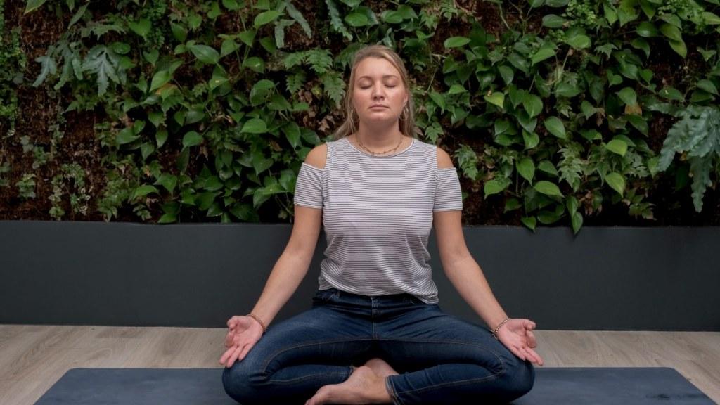 Une respiration à 4-4 aide à s'énergiser tandis que quand le souffle est sur le rythme de 4-8 ça apaise l'esprit.