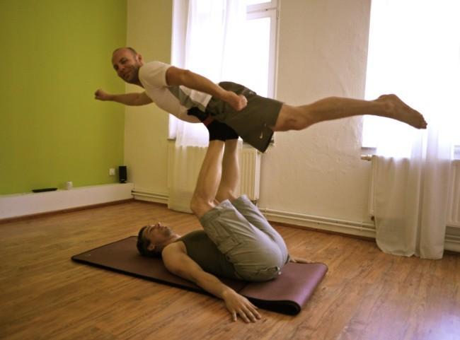 Acro Yoga in Halle