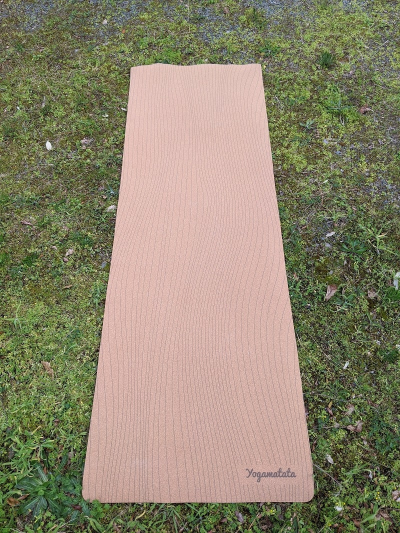 tapis de yoga lignes