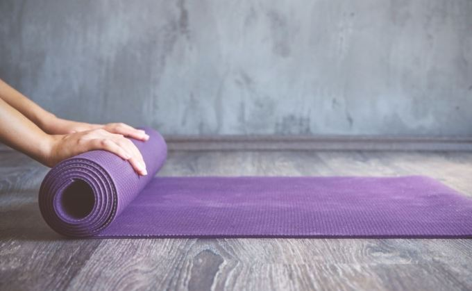 Best Rolling Yoga Mats For Travel