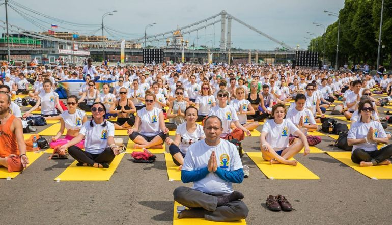 International day of yoga in Moscow, Central Park of Culture and Leisure