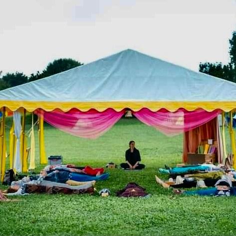Shavasana, Yoga unter freiem Himmel,  yoga Zentrum innsbruck, yoga innsbruck preise