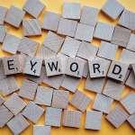 Online Marketing Yogalehrer © keywords-letters-2041816/Pixabay